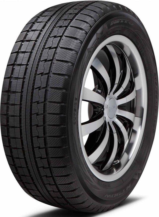 Автомобильная шина Nitto NT 90W 235/60 R18 107Q Зимняя