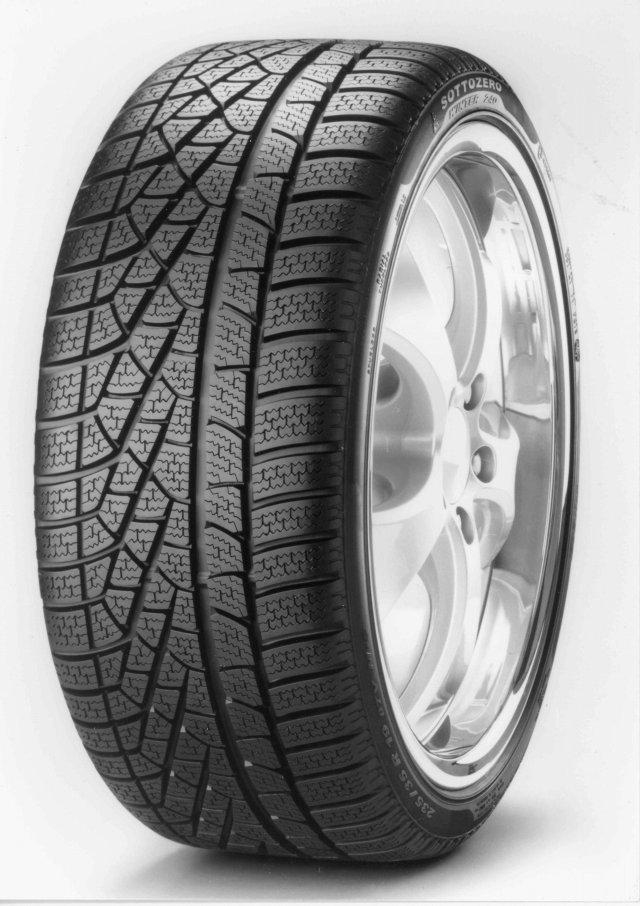 Автомобильная шина Pirelli Winter SottoZero 245/45 R17 95V Зимняя Run Flat