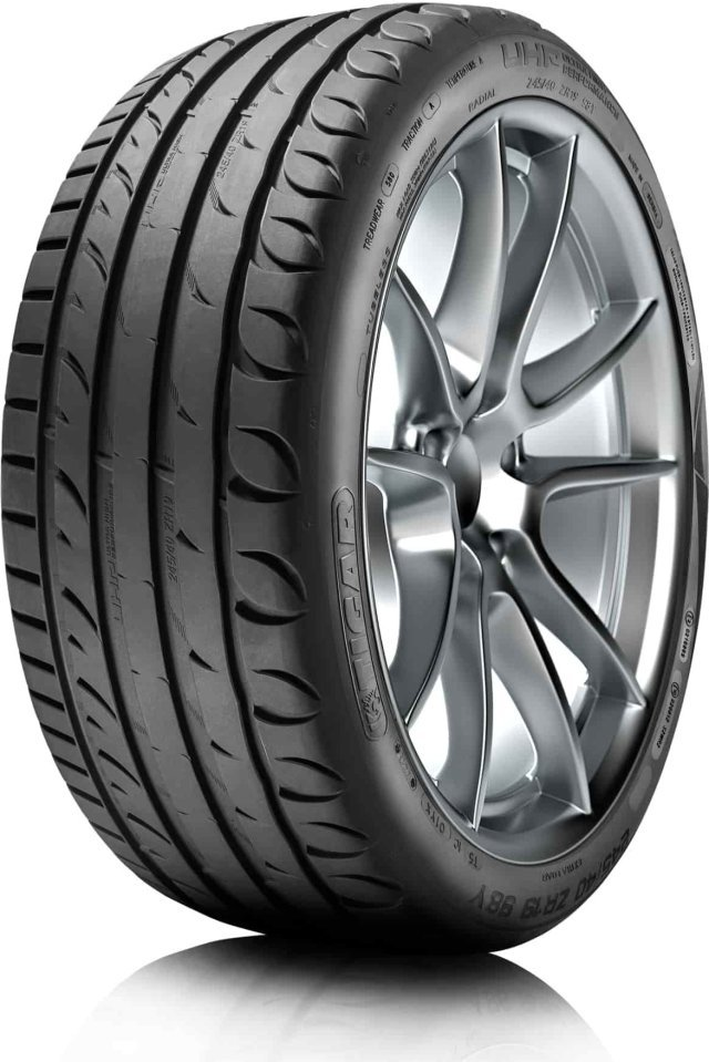 Автомобильная шина Tigar Ultra High Performance 235/45 R17 94W Летняя